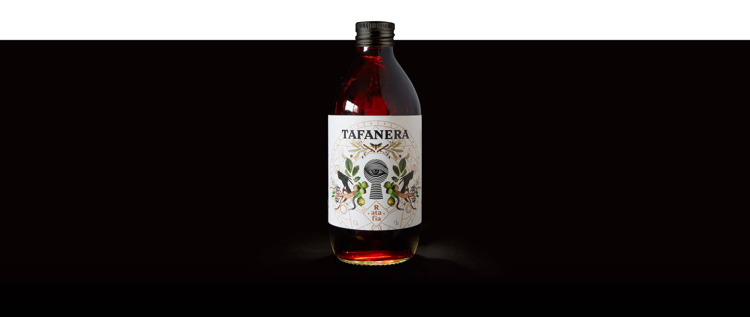 Packaging Ratafia Tafanera – Baku Creativitat – Agència de branding a Terrassa (Barcelona)
